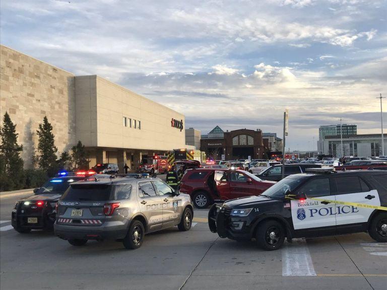 ΗΠΑ : Αναφορές για πυροβολισμούς και τραυματίες σε εμπορικό κέντρο στο Ουισκόνσιν | tanea.gr