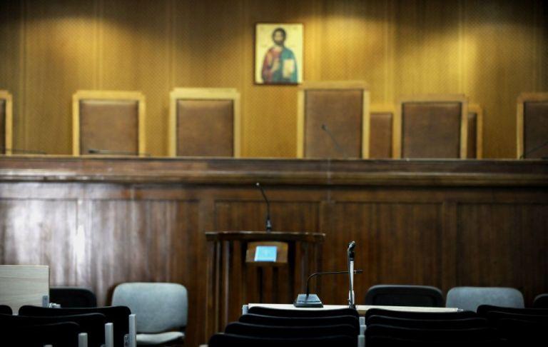 Κοροναϊός : Αντίδραση δικαστικών ενώσεων για τη μη αναστολή της λειτουργίας των δικαστηρίων | tanea.gr