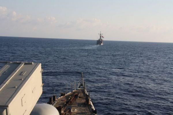 Συνεκπαίδευση ναυτικών μονάδων Ελλάδας και Αιγύπτου νότια της Καρπάθου | tanea.gr