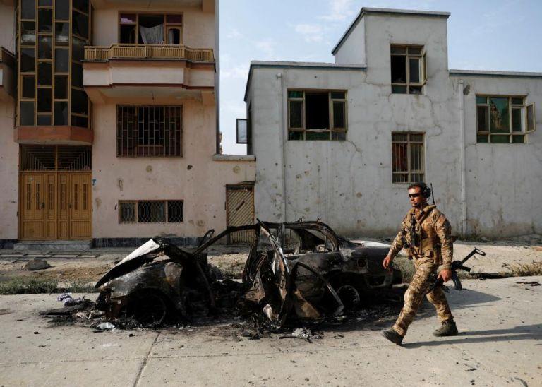 Αφγανιστάν : Τουλάχιστον 26 νεκροί από βομβιστική επίθεση σε στρατόπεδο | tanea.gr