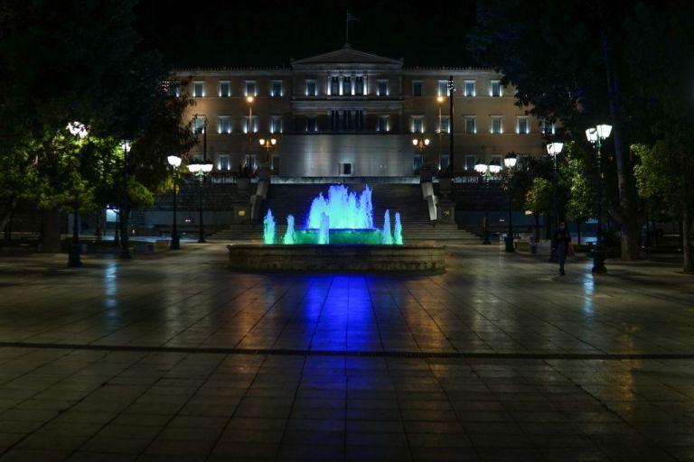 Κοροναϊός : Η Ελλάδα «κλειδώνει» στις 21:00 – Όλα όσα αλλάζουν από απόψε στη ζωή μας | tanea.gr