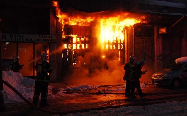 Πυρκαγιά σε παράπηγμα της Ανοιχτής Δομής Φιλοξενίας Βοτανικού | tanea.gr