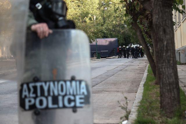 Πολυτεχνείο : 5.000 αστυνομικοί στους δρόμους σε μια δύσκολη ημέρα | tanea.gr