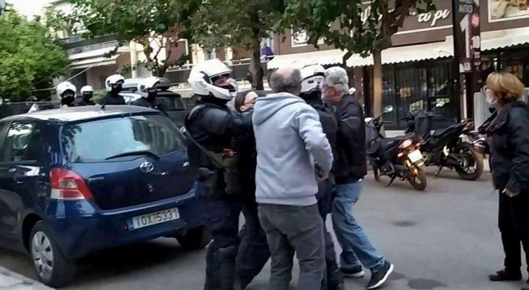 Πολυτεχνείο : Ένταση και στα Σεπόλια – Συνέλαβαν διαδηλωτή έξω από το σπίτι του   tanea.gr