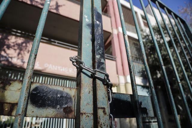 Λουκίδης : Δεν αποκλείεται το κλείσιμο των σχολείων – Πολύ πιεσμένο το σύστημα | tanea.gr