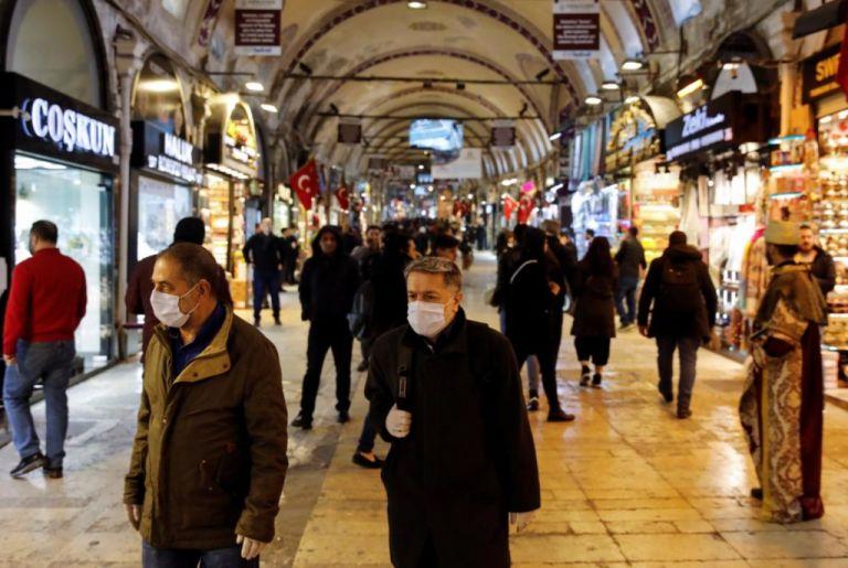 Τουρκία : Κλείνουν μπαρ και επιχειρήσεις από τις 10 το βράδυ | tanea.gr