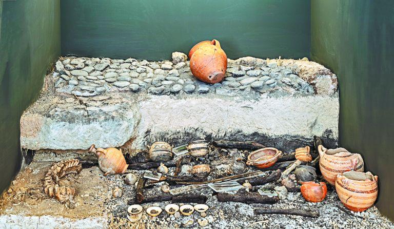 Ελευθέρνα: Εκεί όπου οι νεκροί αφηγούνται   tanea.gr