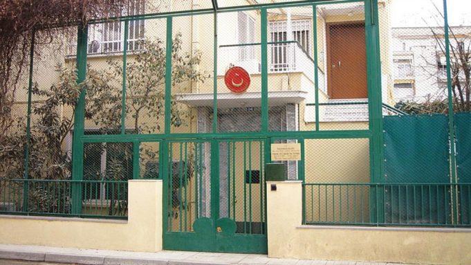 Κατασκοπεία στη Ρόδο : Έρευνούν εξονυχιστικά τα ευρήματα οι αρχές - Απολογούνται τη Δευτέρα οι κατηγορούμενοι   tanea.gr