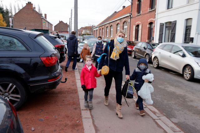 Γαργαλιάνος: Eικασίες ότι ο μεταλλαγμένος κοροναϊός μεταδίδεται ευκολότερα στα παιδιά | tanea.gr