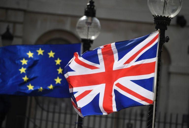 Brexit : Ελπίδες για επίτευξη συμφωνίας σε «λίγες ημέρες»   tanea.gr