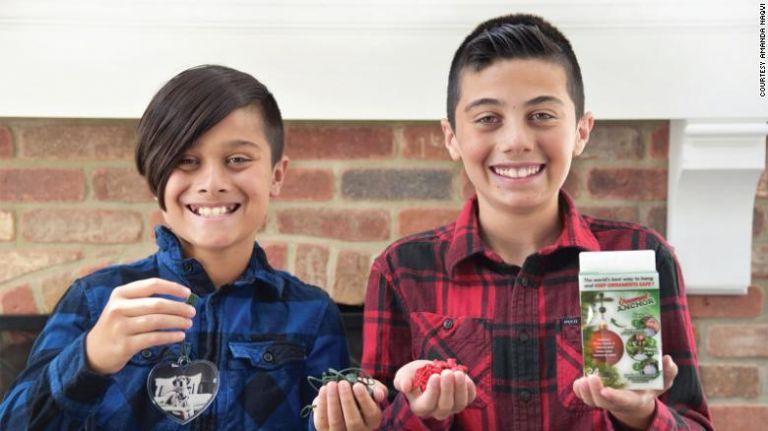 Πώς χριστουγεννιάτικη πατέντα έκανε πλούσιους δύο 12χρονους Αμερικανούς   tanea.gr