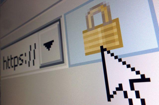 Ανθούν οι διαδικτυακές απάτες την περίοδο του lockdown | tanea.gr