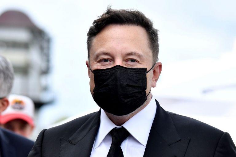 H Apple αρνήθηκε να εξαγοράσει την Tesla, αποκαλύπτει ο Έλον Μασκ | tanea.gr