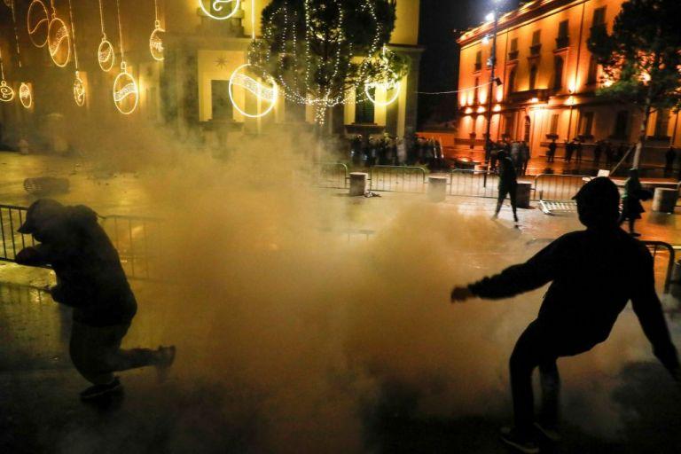 Αλβανία: Συνεχίστηκαν για δεύτερη μέρα οι διαδηλώσεις κατά της αστυνομικής βίας   tanea.gr