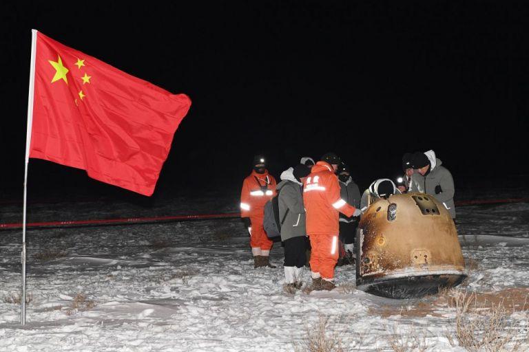 Μετά το πρώτο δείγμα φεγγαρόσκονης, νέες αποστολές της Κίνας στη Σελήνη   tanea.gr
