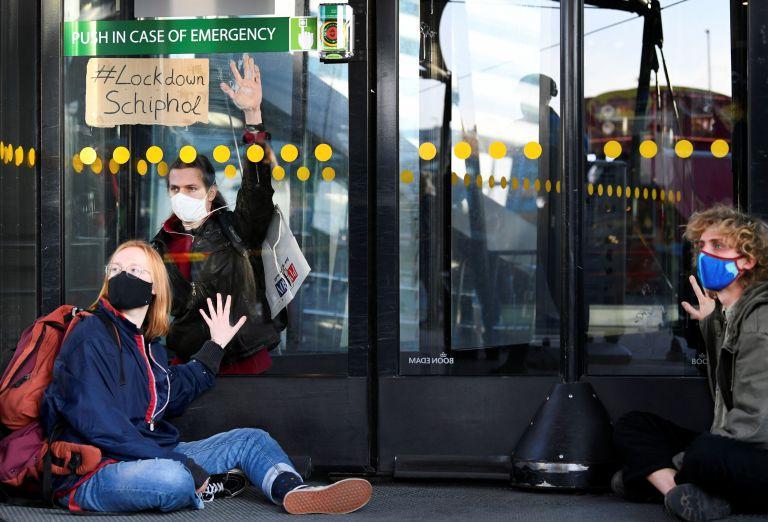 Κοροναϊός: Ευρωπαϊκές χώρες διακόπτουν τις συνδέσεις με τη Βρετανία   tanea.gr