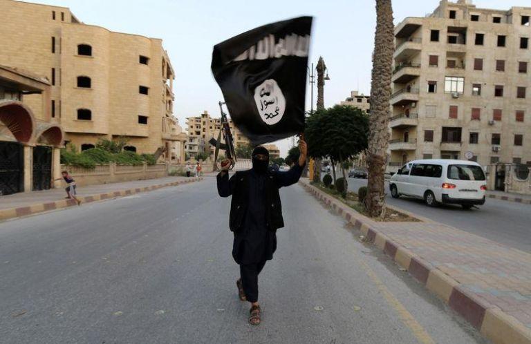 Πού βρήκε όπλα το Ισλαμικό Κράτος; | tanea.gr
