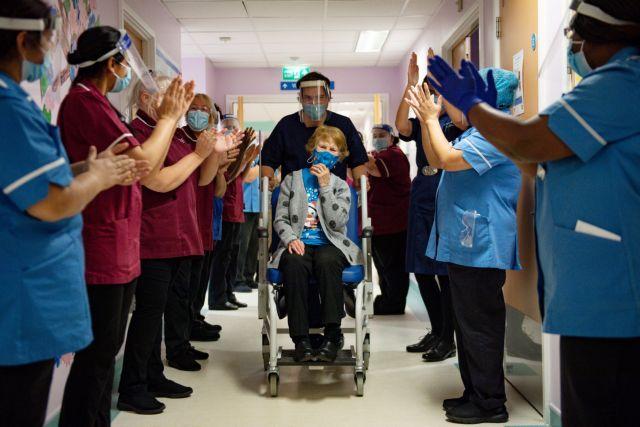 Κοροναϊός : Μια 90χρονη και ένας 81χρονος ήταν οι πρώτοι που εμβολιάστηκαν στη Βρετανία | tanea.gr