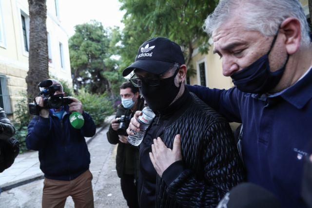 Σφακιανάκης : Αναμένεται να δώσει εξηγήσεις στο Αυτόφωρο   tanea.gr