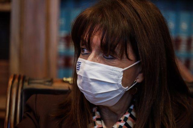 Σακελλαροπούλου: Ο εμβολιασμός είναι μια πράξη προστασίας του εαυτού μας | tanea.gr
