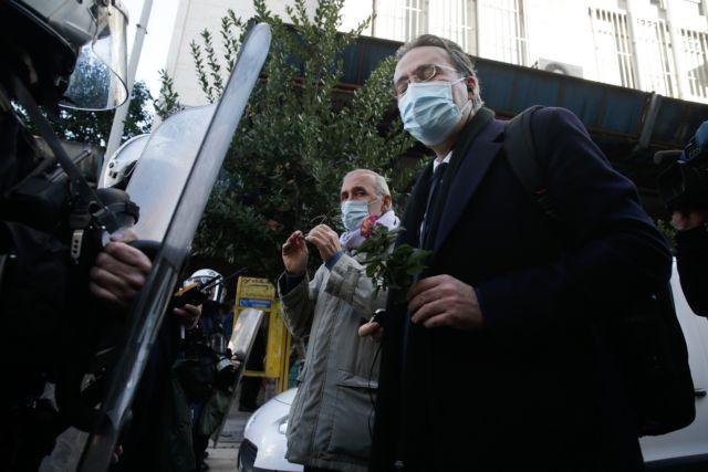 ΣΥΡΙΖΑ : Επικίνδυνος για το κράτος δικαίου ο αυταρχικός κατήφορος της κυβέρνησης   tanea.gr