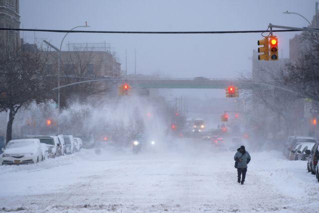 ΗΠΑ : Σφοδρή χιονόπτωση παρέλυσε τις μετακινήσεις | tanea.gr