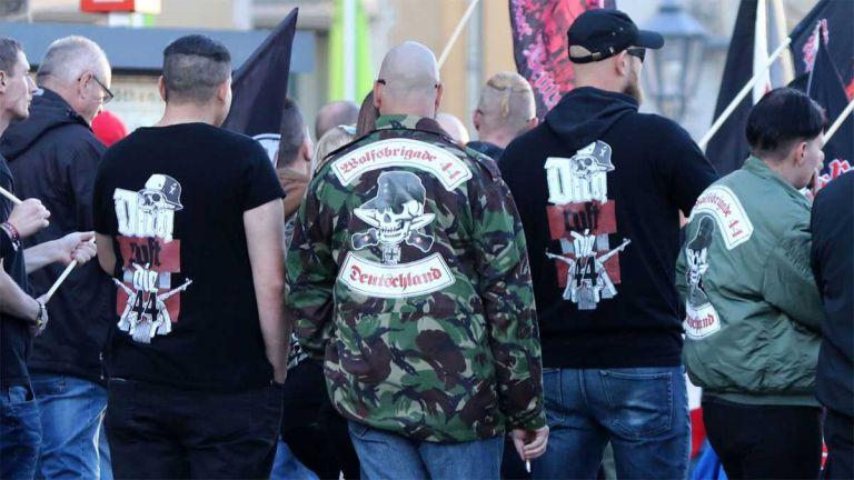 Γερμανία : Απαγορεύτηκε η ακροδεξιά οργάνωση «Ταξιαρχία Λύκων 44» – Κατείχαν όπλα και σύμβολα των Ναζί | tanea.gr