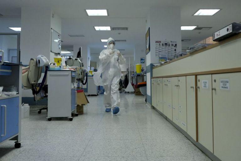 ΠΟΕΔΗΝ : Μεγάλη διασπορά κοροναϊού σε κλινική του «Γεννηματά»   tanea.gr