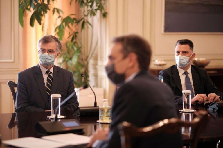 Μητσοτάκης: Η εκστρατεία ενημέρωσης για τον εμβολιασμό επί τάπητος | tanea.gr