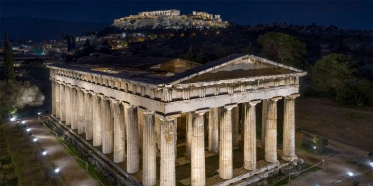 Νέος εντυπωσιακός φωτισμός στον ναό του Ηφαίστου και στο μνημείο Φιλοπάππου | tanea.gr
