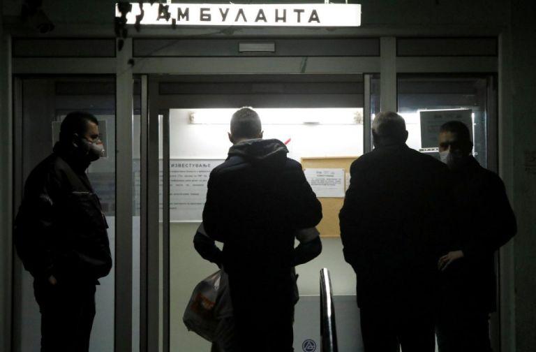 Αλβανία και Βόρεια Μακεδονία απαγόρευσαν τις πτήσεις από τη Βρετανία   tanea.gr