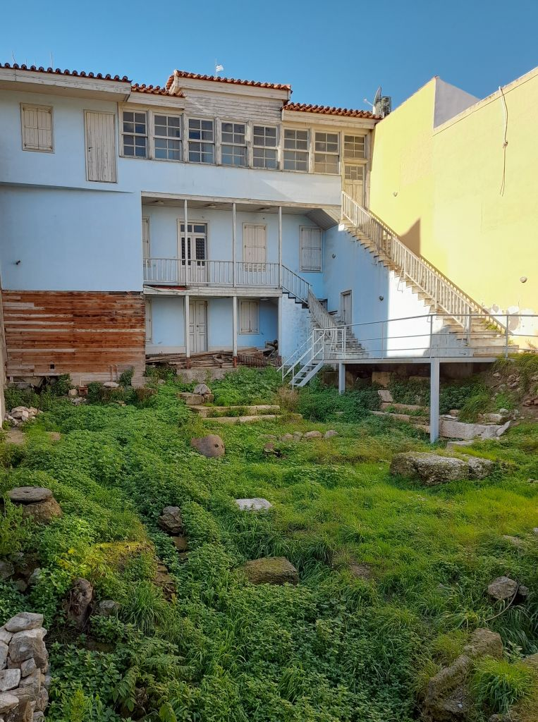 H «οικία Κοκοβίκου» αποκαλύφθηκε στην Πλάκα | tanea.gr