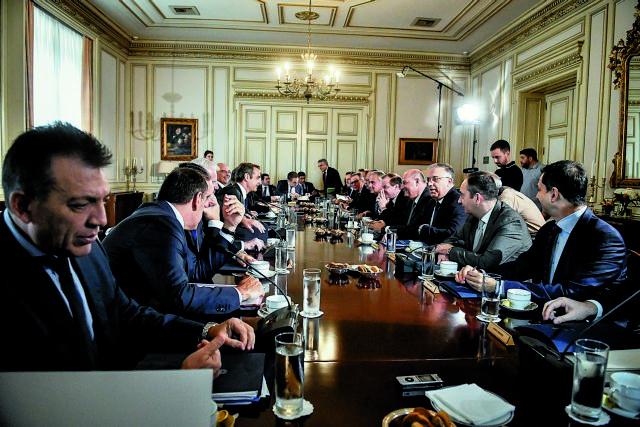 Ανασχηματισμός : Πιθανόν και τη Δευτέρα οι ανακοινώσεις | tanea.gr