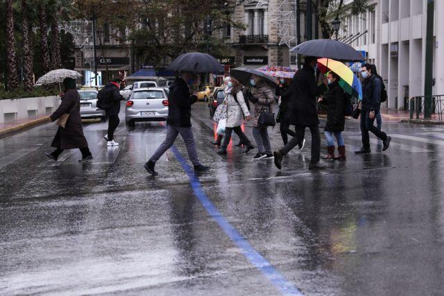 Καιρός : Βαρομετρικό χαμηλό φέρνει βροχές, καταιγίδες και χιόνια | tanea.gr