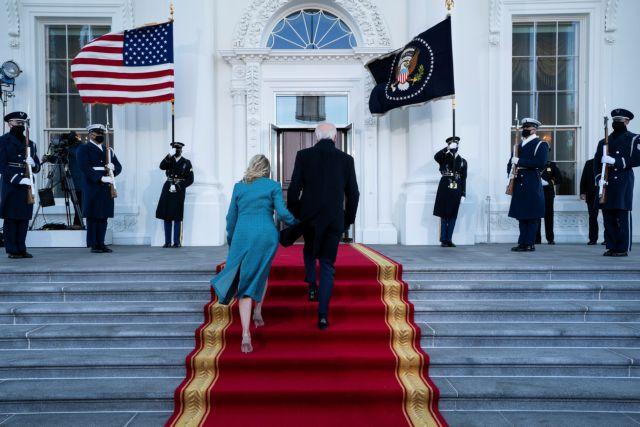 Τζο Μπάιντεν : Έφτασε στον Λευκό Οίκο ο νέος πρόεδρος των ΗΠΑ   tanea.gr