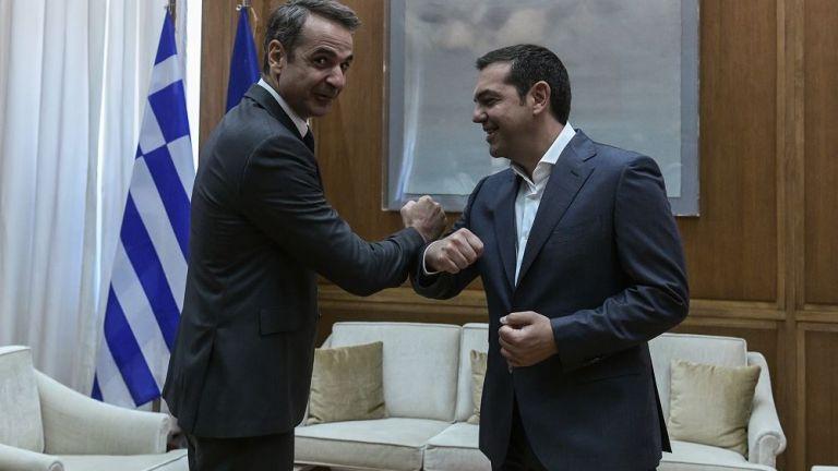 «Σκληρό ροκ» μεταξύ κυβέρνησης και ΣΥΡΙΖΑ προ των πυλών | tanea.gr