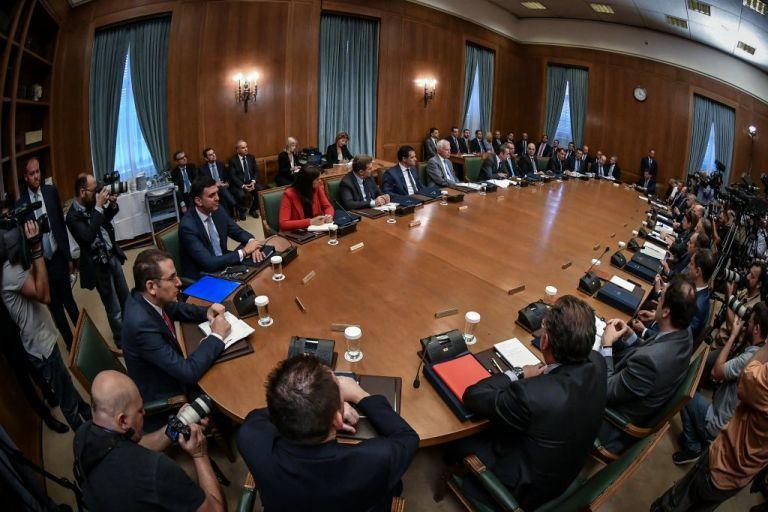 Σήμερα η ορκωμοσία των νέων μελών της κυβέρνησης σε τρεις ομάδες   tanea.gr