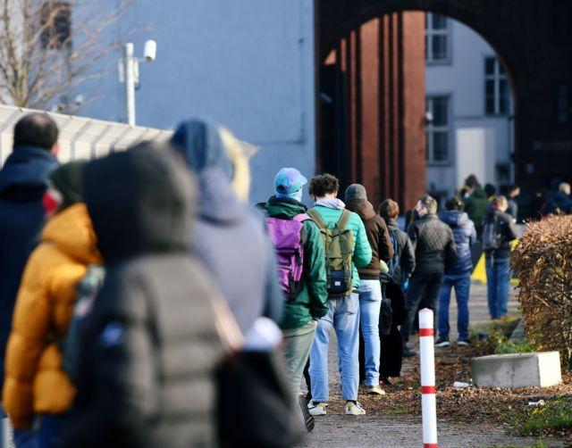 «Καλπάζει» ο κοροναϊός στη Γερμανία – 1.113 θάνατοι καταγράφηκαν το τελευταίο 24ωρο | tanea.gr