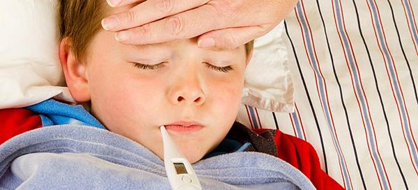 Πώς θα ξεχωρίσετε αν το παιδί σας έχει ίωση, κρύωμα ή κοροναϊό   tanea.gr