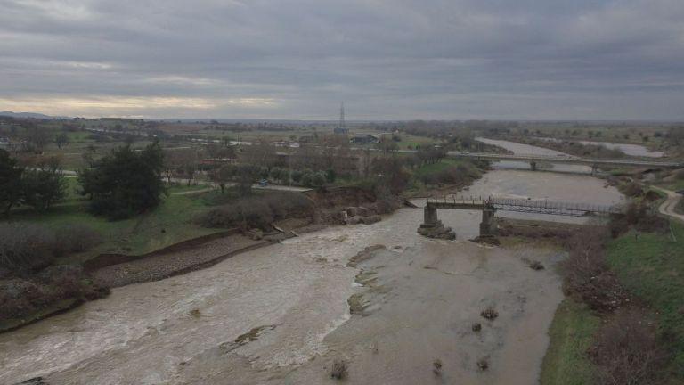 O Έβρος μετράει τις πληγές του – Πλημμύρισαν 110.000 στρέμματα | tanea.gr