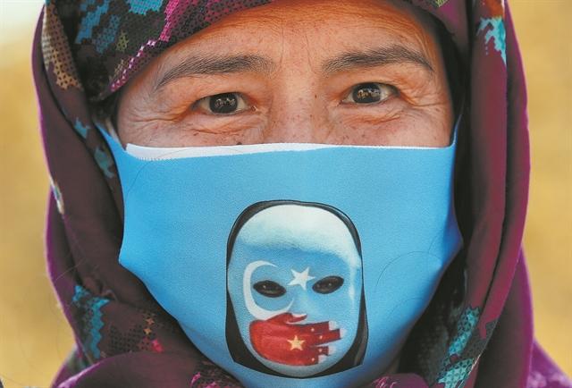 Ναι, σήμερα θα μιλήσουμε για τους Ουιγούρους | tanea.gr