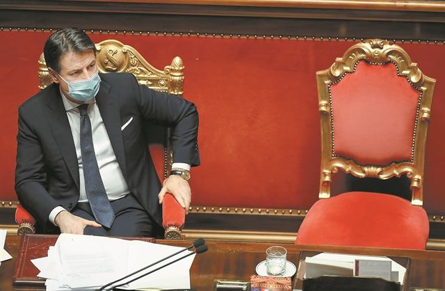 Ο «Βρούτος» Ρέντσι δεν σκότωσε τον «Καίσαρα» Κόντε   tanea.gr