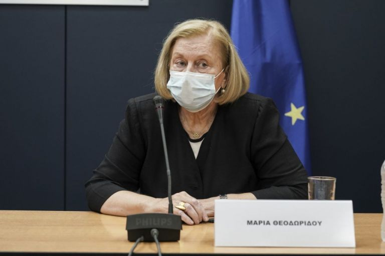 Μαρία Θεοδωρίδου : Το εμβόλιο κατά του κοροναϊού δεν προκαλεί τη νόσο | tanea.gr