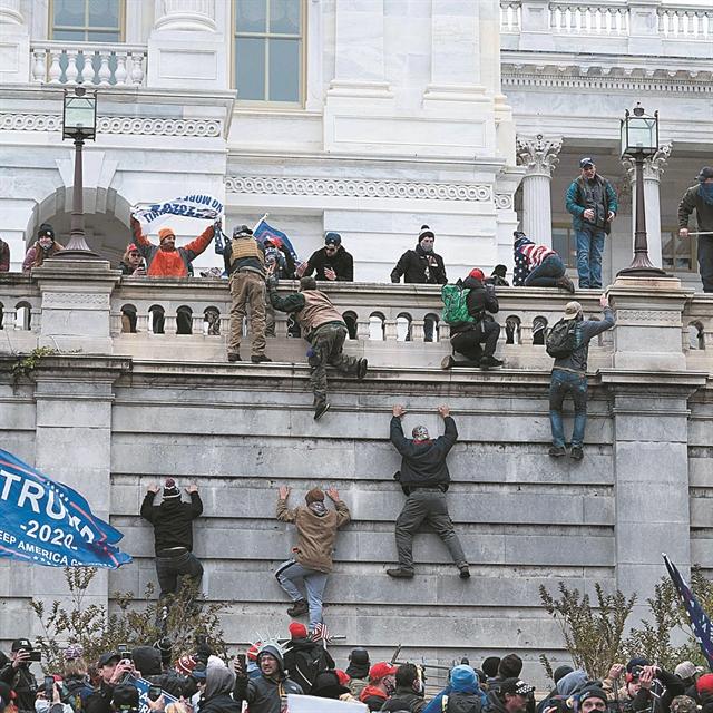 Ηγέτες, πολίτες, μάζες | tanea.gr