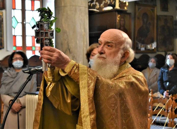 Απίστευτο ξέσπασμα ιερέα στη Σκιάθο – «Oύτε στα χρόνια της Τουρκοκρατίας δεν συνέβαιναν αυτά» | tanea.gr