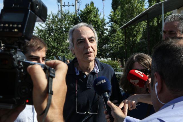 Αντιδράσεις για την παρέμβαση 15 στελεχών του ΣΥΡΙΖΑ προκειμένου ο Κουφοντίνας να μεταφερθεί στον Κορυδαλλό | tanea.gr