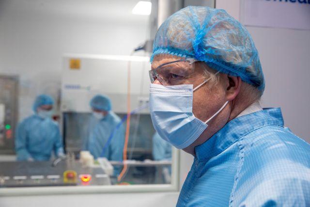Η ΕΕ θα ζητήσει διευκρινίσεις από την AstraZeneca για την καθυστέρηση στην παράδοση εμβολίων | tanea.gr