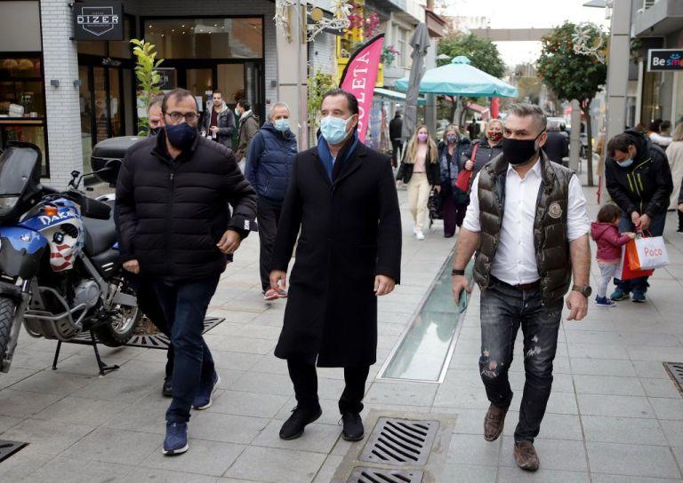 Αδ. Γεωργιάδης: Πολύς κόσμος στην αγορά – Θα είναι κρίμα να πάμε πίσω | tanea.gr