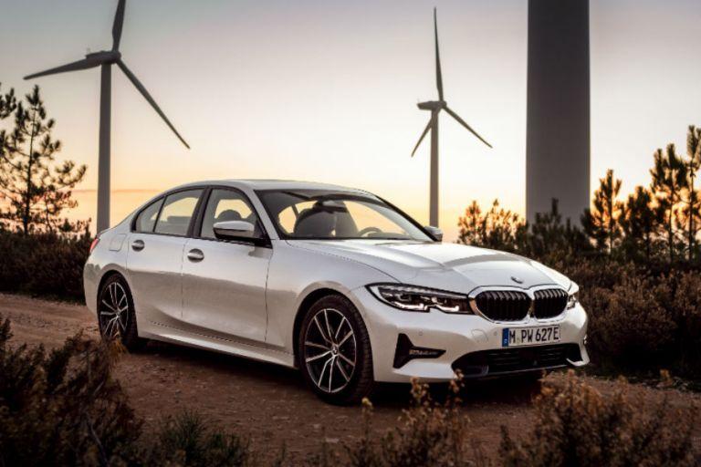 BMW 330e: Το πολυτελές βαυαρικό μοντέλο που υπόσχεται κατανάλωση 1,6 λίτρων/100χλμ | tanea.gr