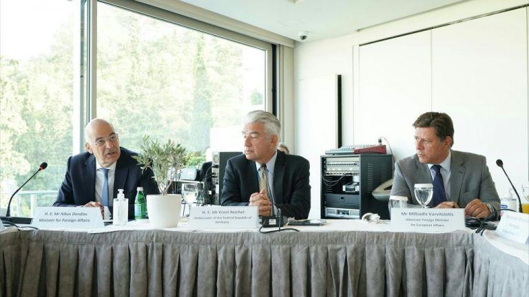 Ικανοποίηση Βερολίνου για τις διερευνητικές - To μήνυμα του Γερμανού πρέσβη   tanea.gr